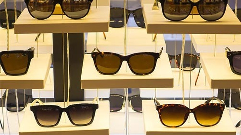 Reviews : Sunglass Replacement Lenses for over 300  Brands and 100,000 models