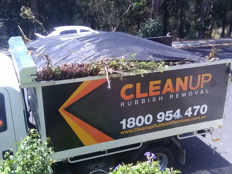 Photo Gallery - Cleanup Rubbish Removal