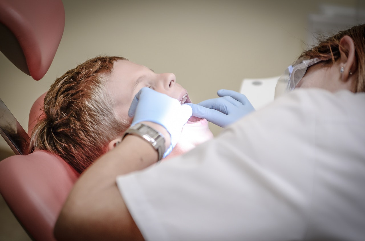 When Should Your Child First Visit The Dentist?